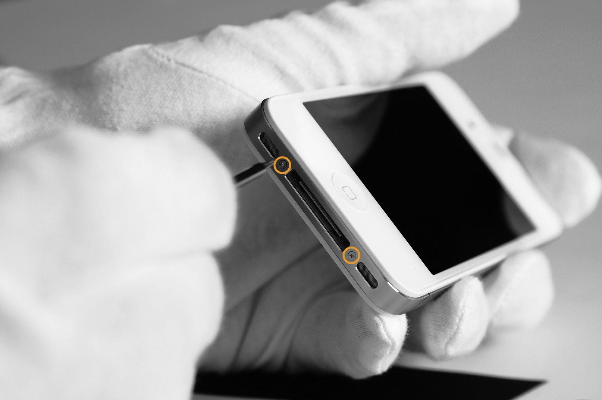 Дефекты и поломки разъема зарядки iPhone
