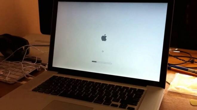 Почему MacBook не включается