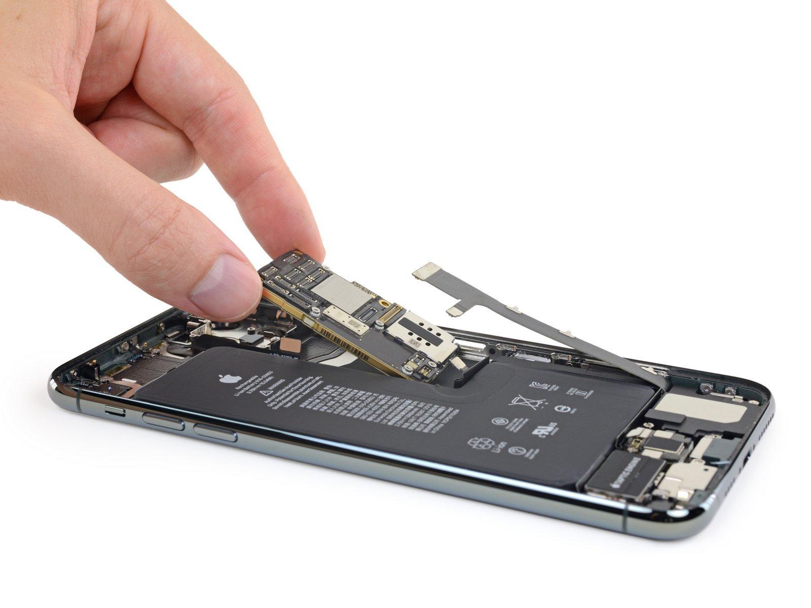 Ремонт iPhone 11 в Киеве