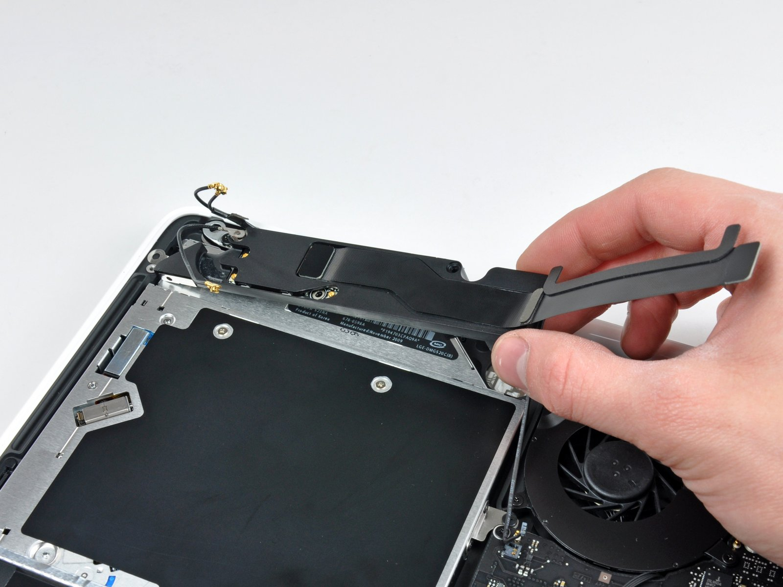Замена динамика MacBook в Харькове
